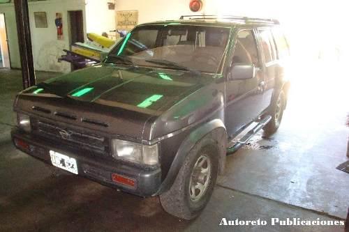 Nissan Pathfinder 2.7 TD MT