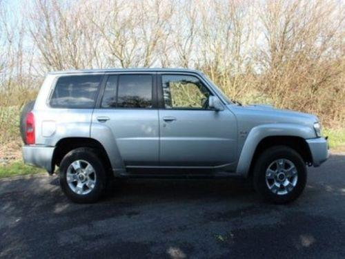 Nissan Patrol 3.0 D AT