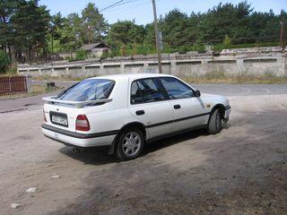 Nissan Sunny 2.0 i 16V