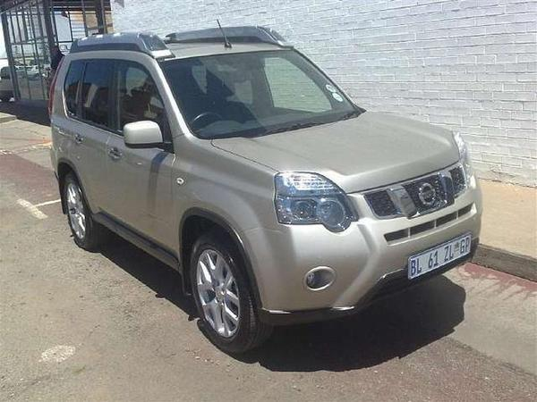 Nissan X-Trail 2.5 CVT LE (-----)