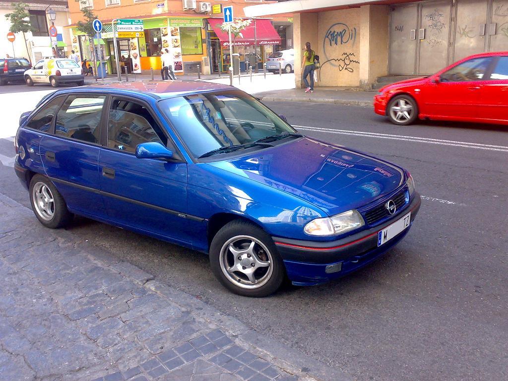 Opel Astra 1.4i