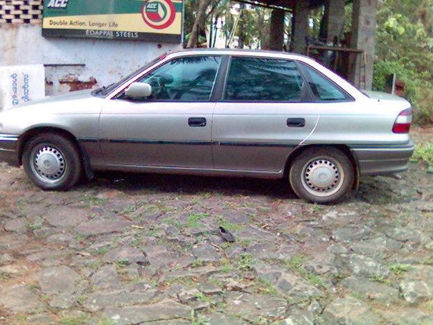 Opel Astra 1.6 i
