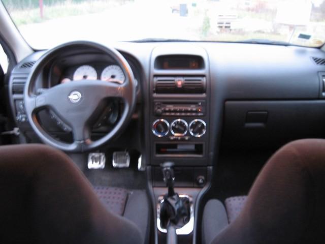 Opel Astra 2.2 16V
