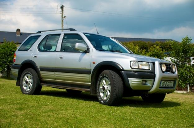 Opel Frontera 2.2 i AT