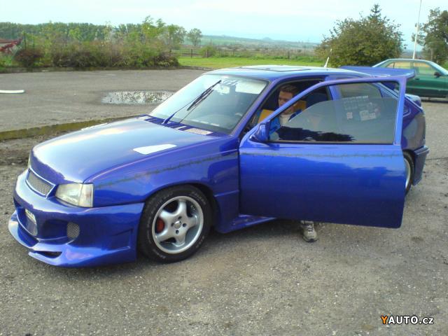 Opel Kadett 2.0 GSI