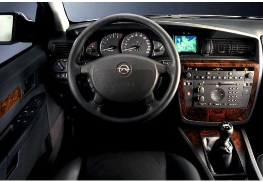 Opel Omega Caravan 2.5 TD