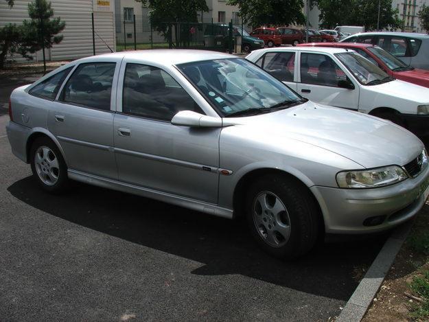 Opel Vectra 1.8 i 16V