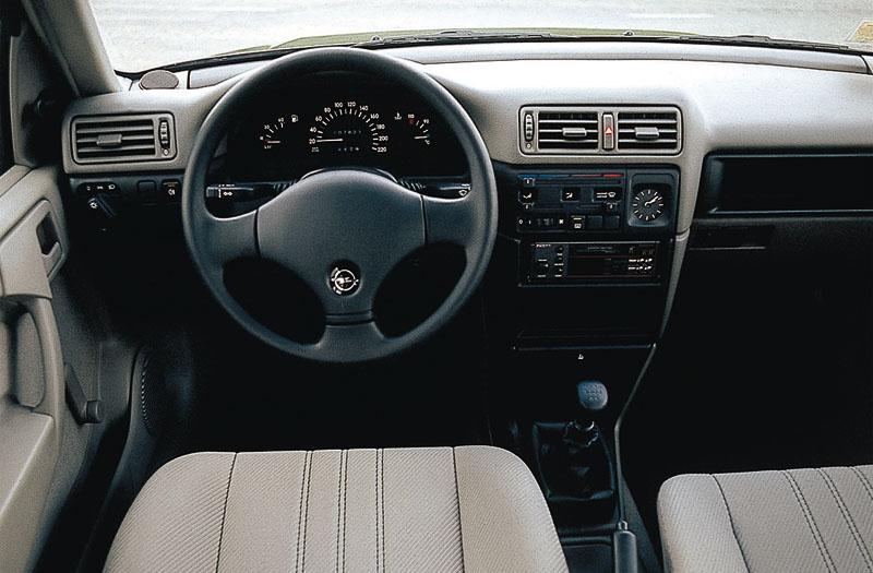 Opel Vectra 1.8 S