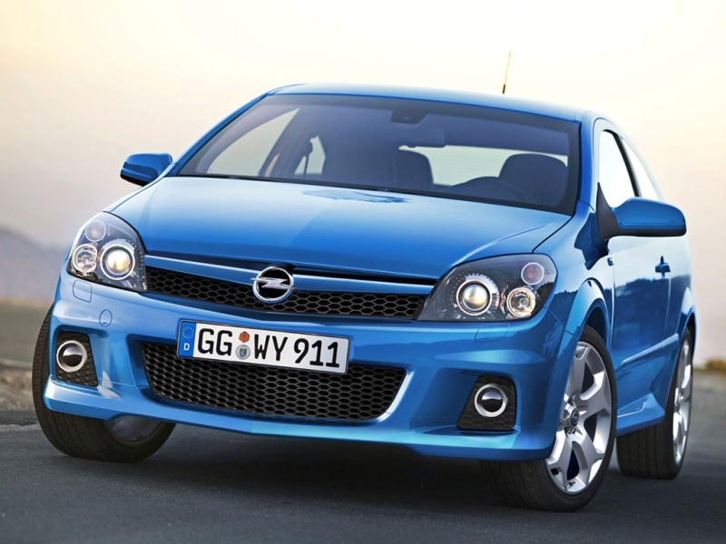 view of opel zafira 2 0 turbo 240hp mt photos video features and tuning. Black Bedroom Furniture Sets. Home Design Ideas