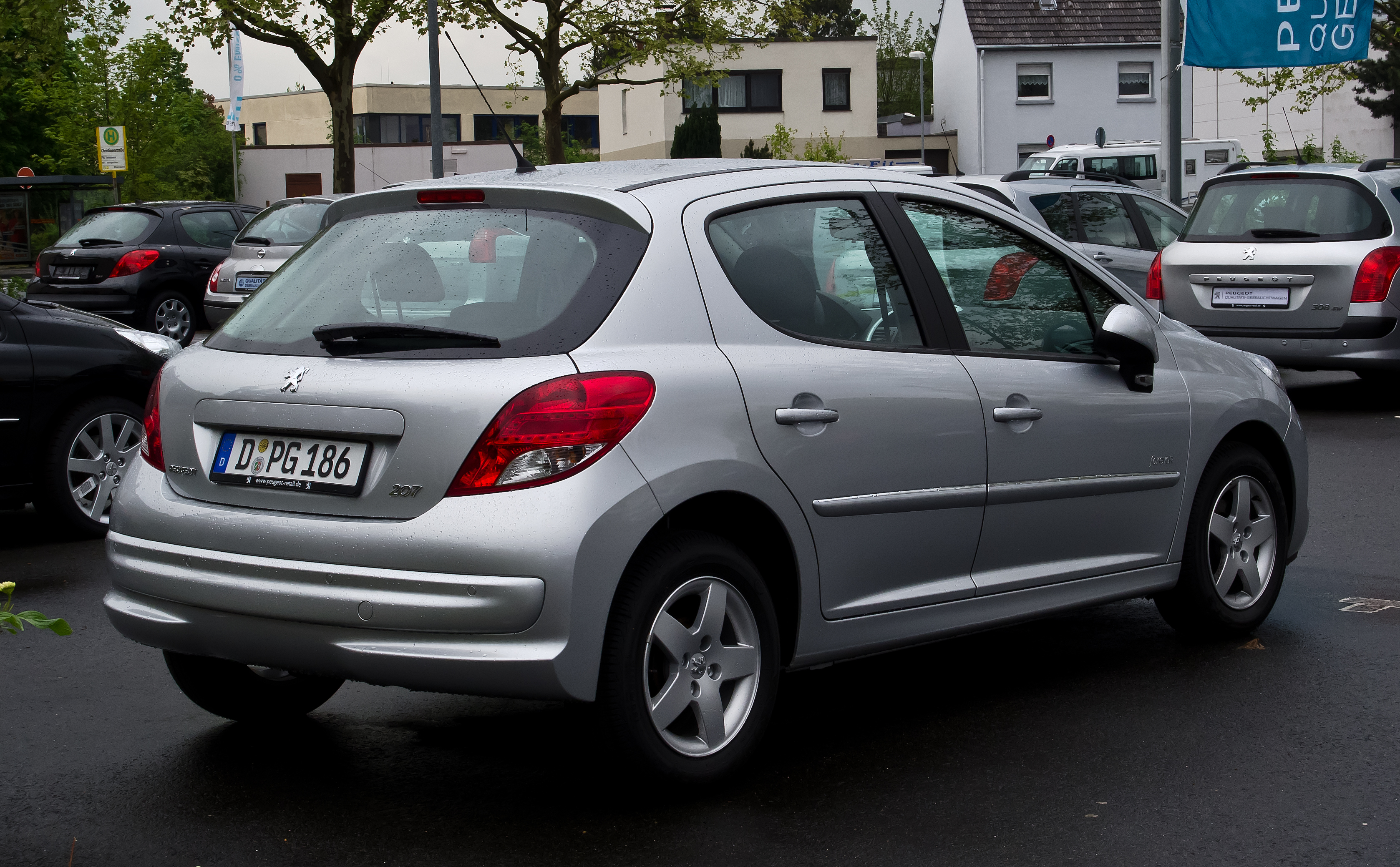 Peugeot 207 75