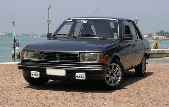 Peugeot 305 SR