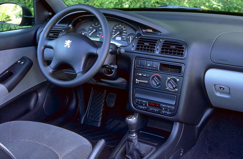 Peugeot 406 1.8 ST