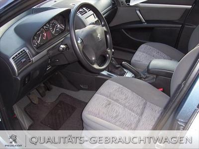 Peugeot 407 2.0 135 Esplanade
