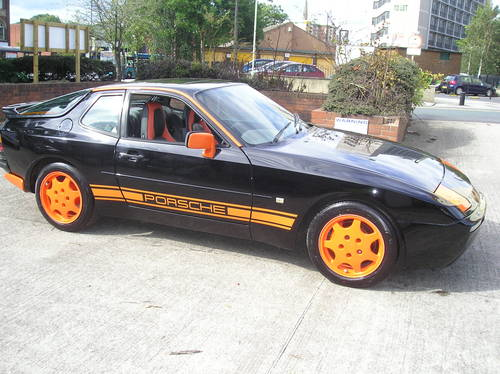 Porsche 944 3.0 S2