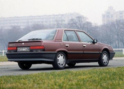 Renault 25 2.8 V6 Injection (B29F)