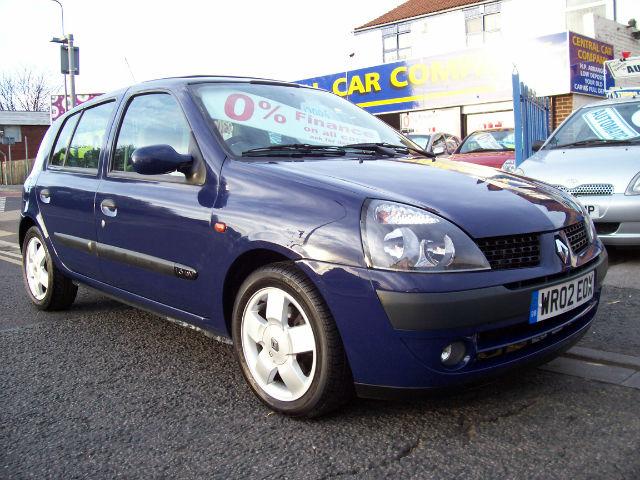 Renault Clio 1.6 Privilege