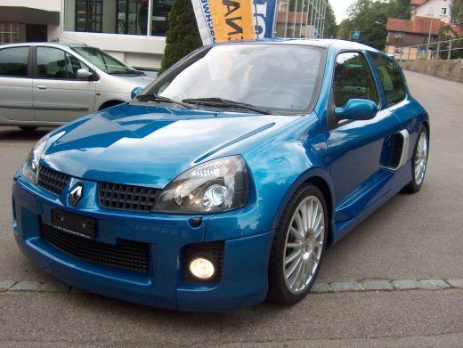 Renault Clio 3.0 V6