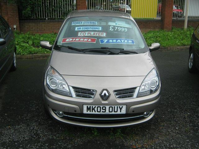 Renault Grand Scenic 1.9 dCi Dynamique