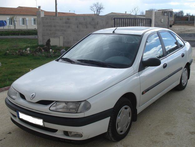 View Of Renault Laguna 2 2 D Photos Video Features And