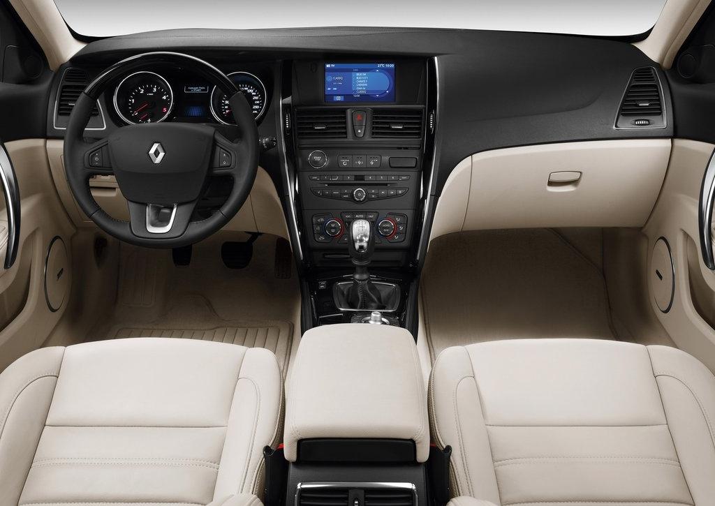 Renault Latitude 2.0 CVT Dynamique