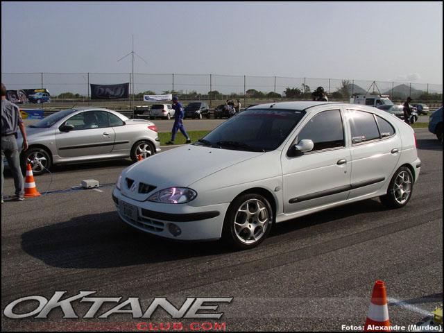 Renault Megane 1.6 i 16V AT