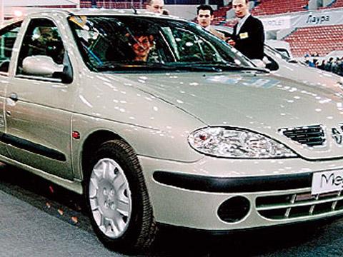 Renault Megane 2.0 i (BA0G) AT