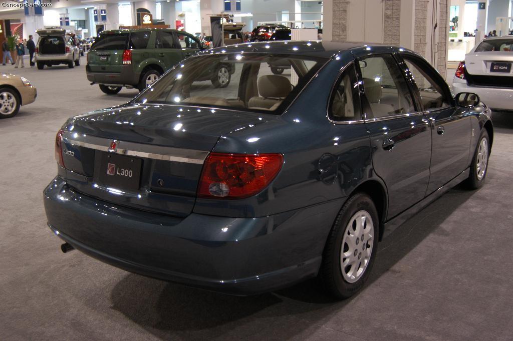 Saturn L 300