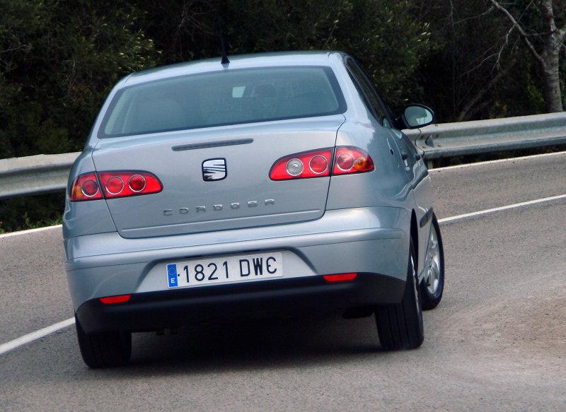 SEAT Cordoba 1.4 16V MT