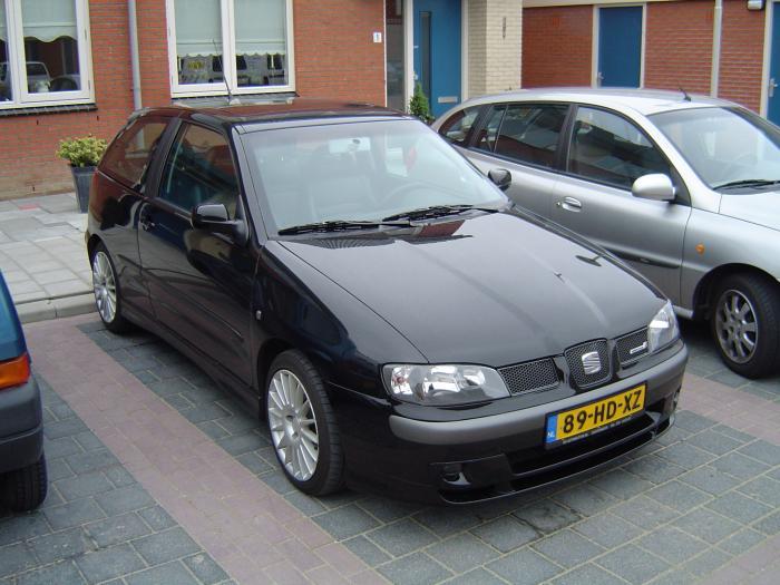 SEAT Ibiza 1.8 i AT