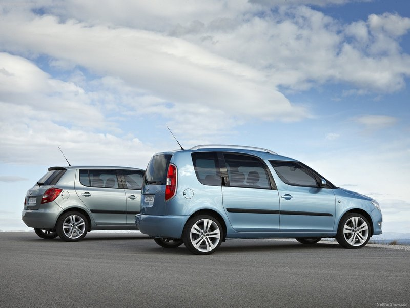 view of skoda roomster 1 6 tdi 90hp mt photos video features and tuning. Black Bedroom Furniture Sets. Home Design Ideas