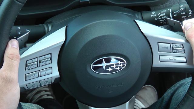 Subaru Legacy 2.5 i 16V MT