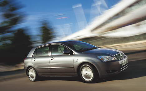 Toyota Avensis 2.0 D-4D 90hp MT