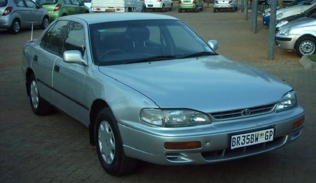 Toyota Camry 200 Si