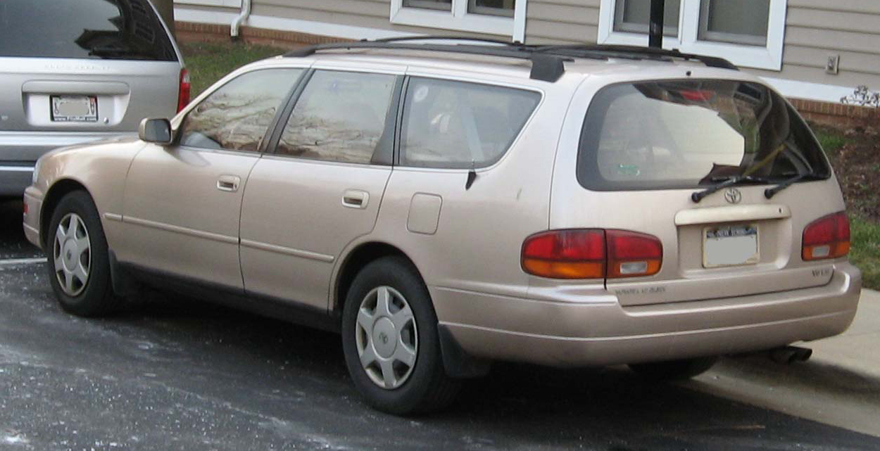 Toyota Camry LE V6