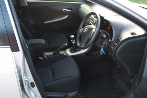 Toyota Corolla 1.6 Advanced