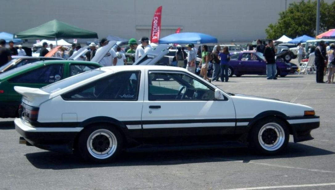 Toyota Corolla GT Coupe