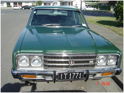 Toyota Crown 2.7 i Super Saloon (S12)