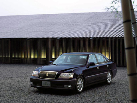 Toyota Crown 3.0 i 24V 4WD Royal