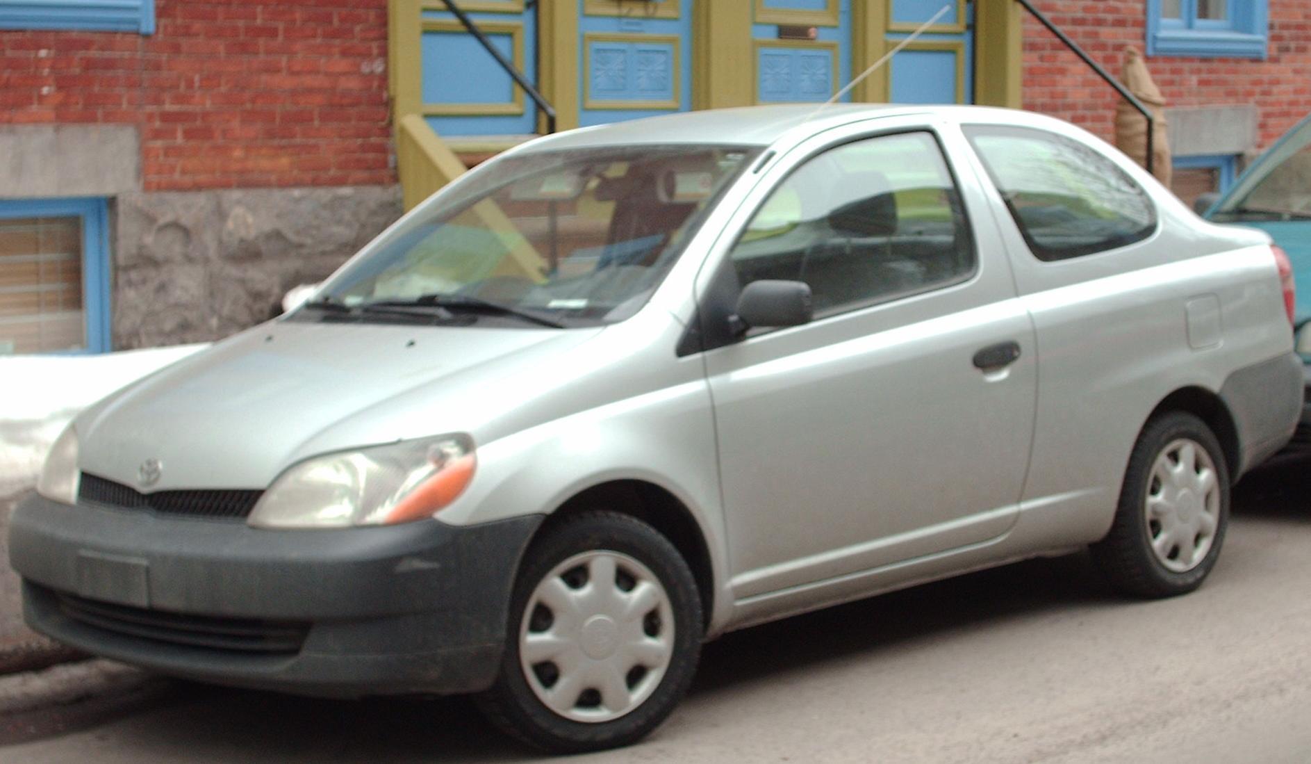 Toyota Echo Coupe