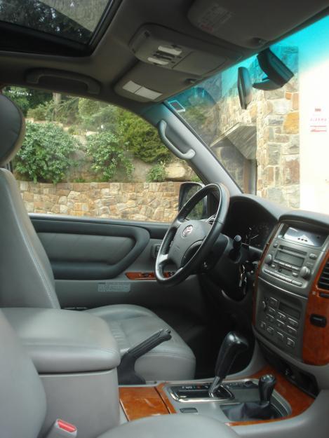 Toyota Land Cruiser HDJ 100