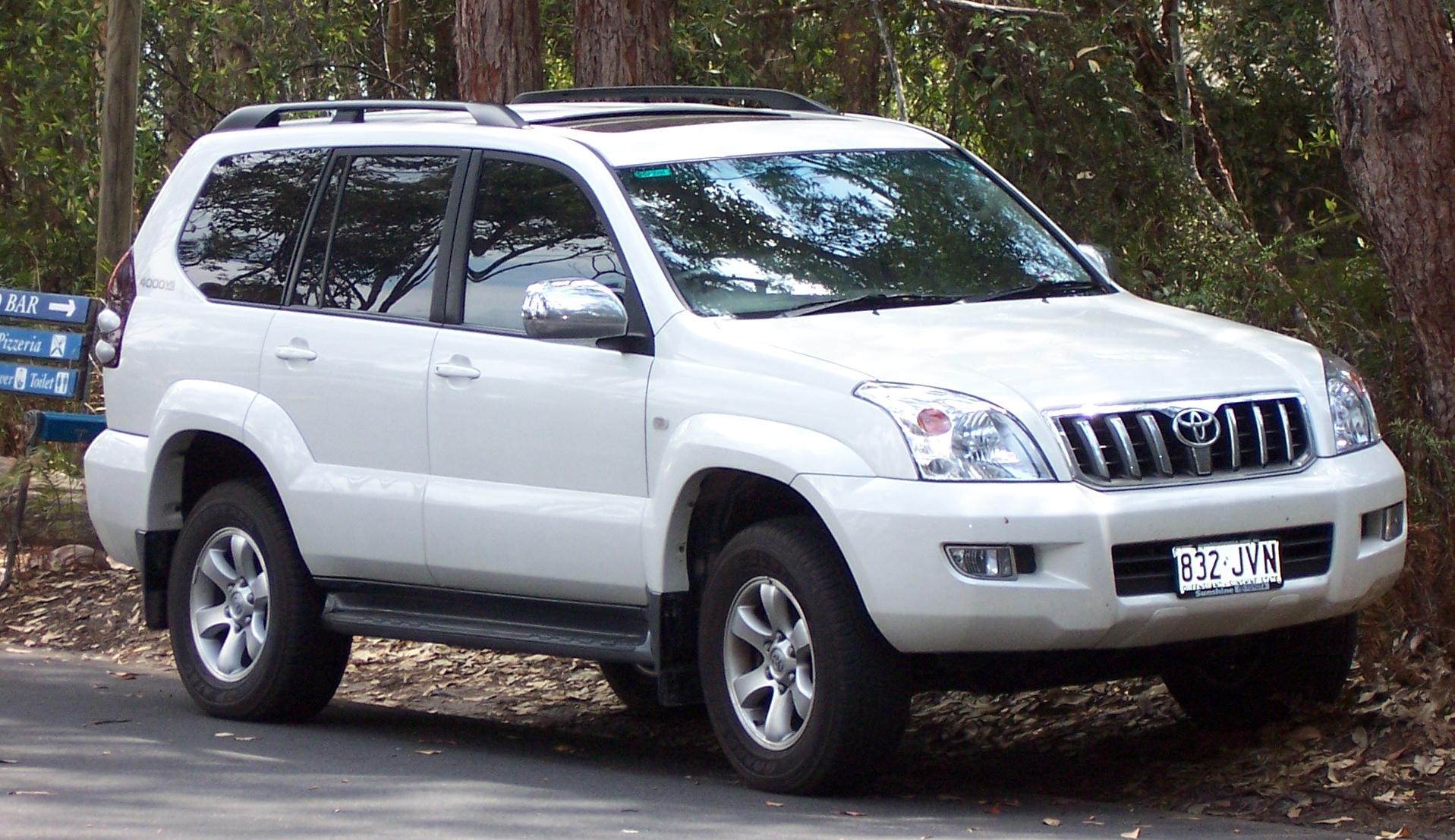 Toyota Land Cruiser Prado 4.0 AT
