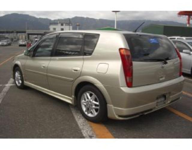 Toyota Opa 2.0i