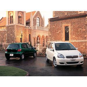 Toyota Vitz 1.5 i 16V RS AT