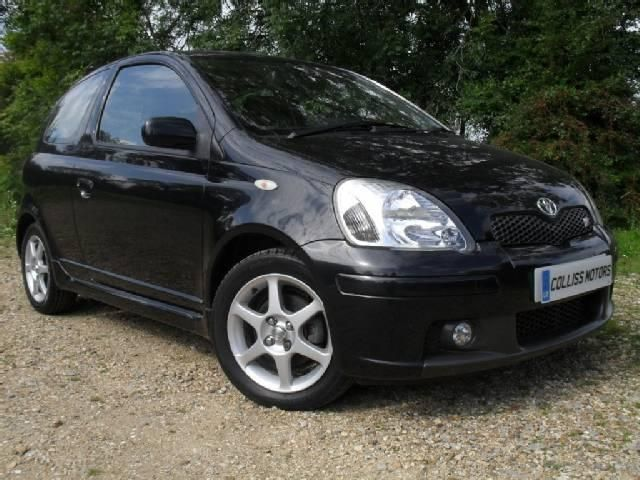 Toyota Yaris 1.5 i 16V AT