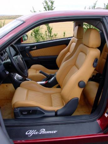 Alfa Romeo GTV 3.2 V6