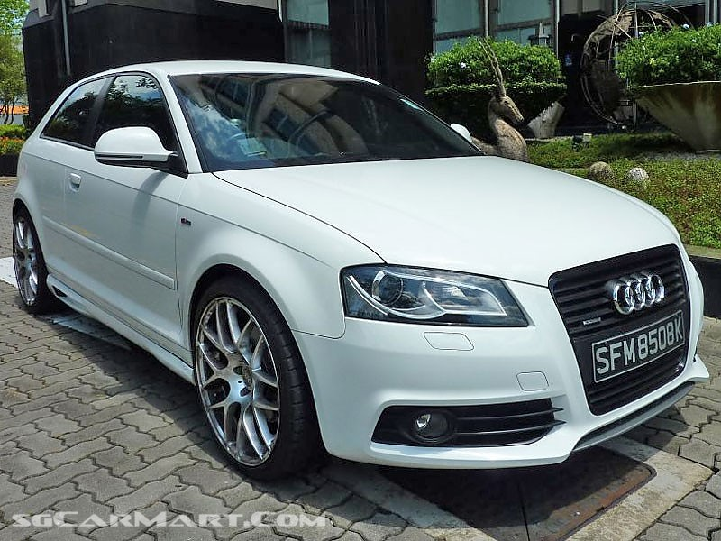 view of audi a3 2 0 tfsi quattro photos video features. Black Bedroom Furniture Sets. Home Design Ideas