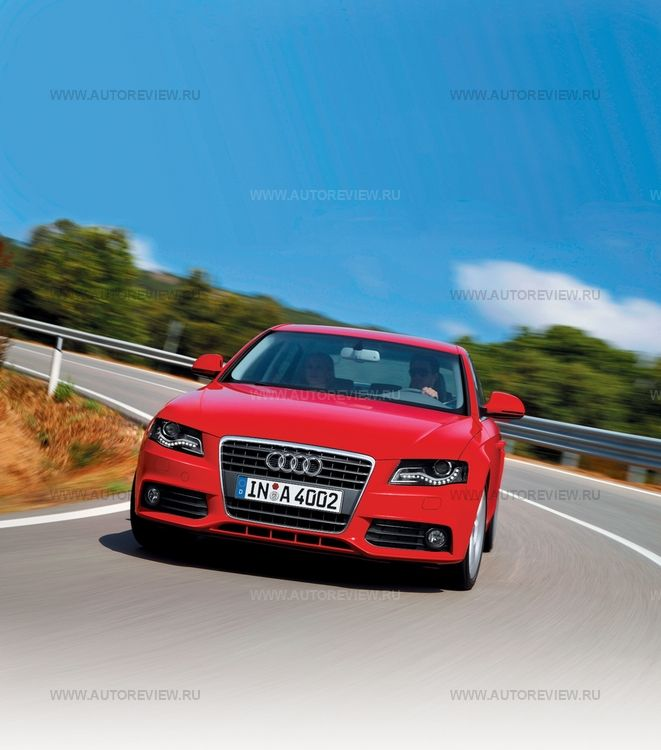 Audi A4 Allroad 2.0 TFSI quattro AT Bazovaia
