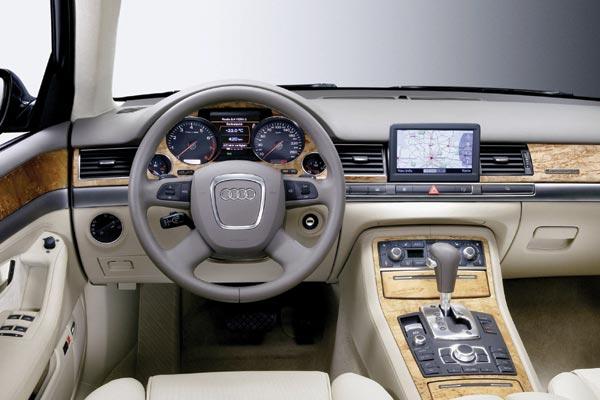 Audi A8 6.0 L