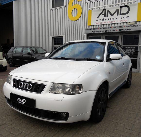 Audi S3 1.8 T quattro MT
