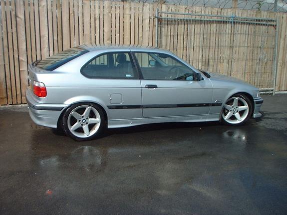 BMW 318 ti Compact